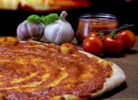 Pizzabrot Tomate 2016 Homepage